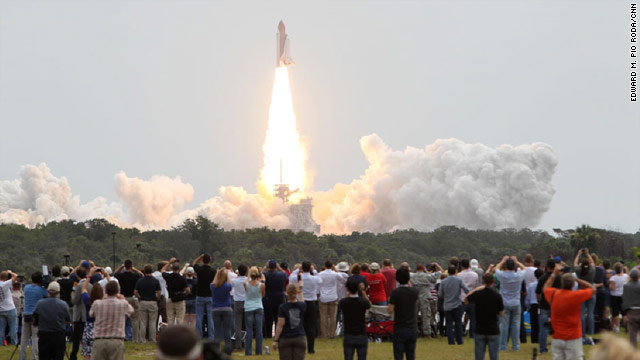 space shuttle atlantis blasted off from ksc on how many occasions - photo #1